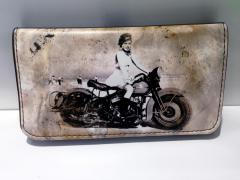 Καπνοθήκη Girl on Motorcycle SO33